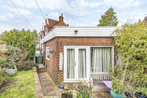 1 bedroom bungalow for sale - Conyers Road, Streatham