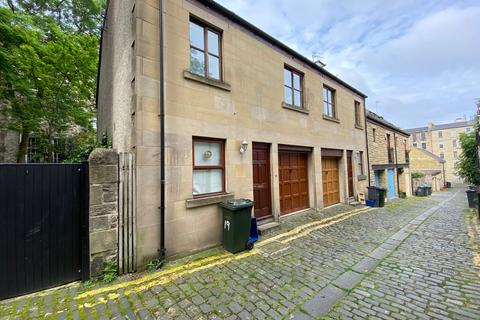 5 bedroom flat to rent - Gayfield Place Lane, Broughton, Edinburgh, EH1