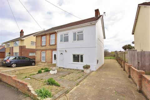 3 bedroom semi-detached house to rent - Ebor Road, Parkstone, Poole