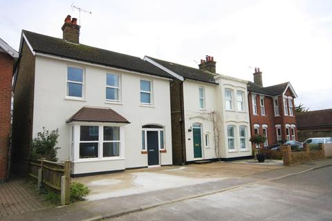 3 bedroom detached house to rent - Church Path, Deal