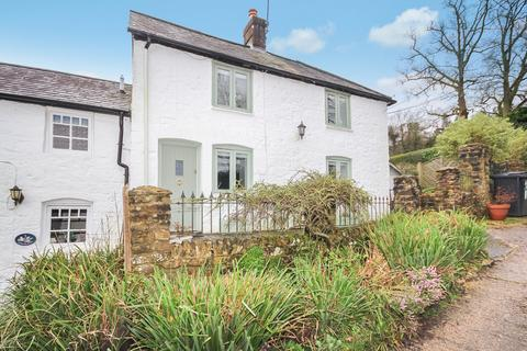 Coopers Wood, Crowborough. 2 bedroom end of terrace house