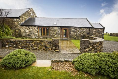 2 bedroom barn conversion for sale - Pistyll