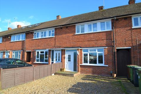 3 bedroom terraced house to rent - Cromwell Road, Borehamwood