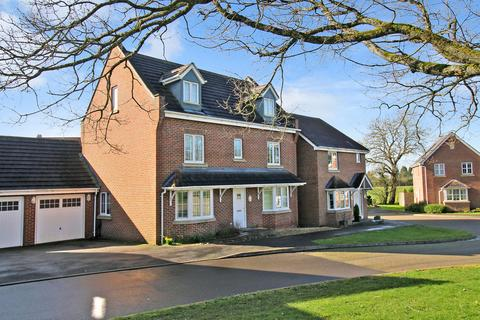 5 bedroom detached house for sale - Pheasant Close, FOUR MARKS, Hampshire