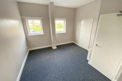 Studio to rent - Market Street, Wellington, Telford