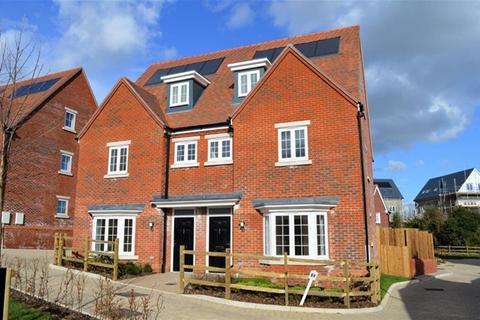 4 bedroom semi-detached house for sale - Hawkenbury Road , Tunbridge Wells