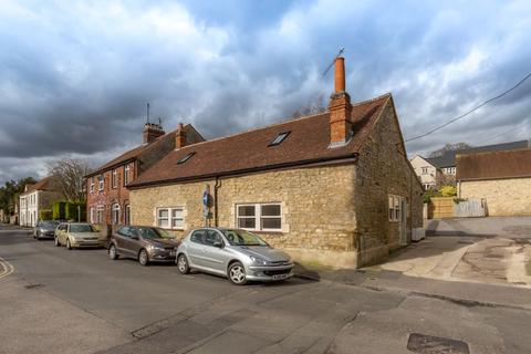 2 bedroom cottage for sale - High Street, Wheatley