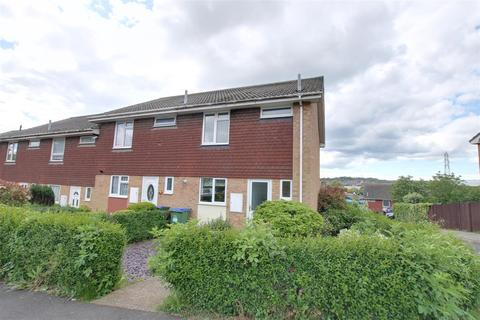3 bedroom house to rent - St Martin`s Crescent, Newhaven, East Sussex
