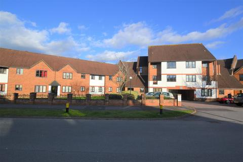 3 bedroom flat to rent - Ridge Green, Shaw, Swindon