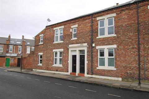 3 bedroom apartment for sale - Lyndhurst Avenue, Jesmond