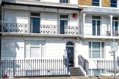4 bedroom terraced house for sale - Nelson Crescent, Ramsgate
