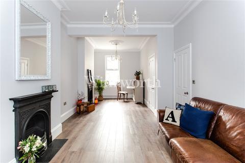 3 bedroom house for sale - Grove Road, London, N15