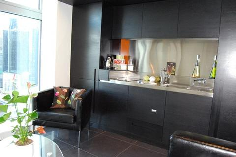 2 bedroom apartment to rent - Canary Wharf, London, E14
