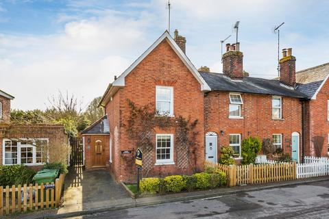 2 bedroom end of terrace house for sale - Chevening Road, Chipstead, Sevenoaks