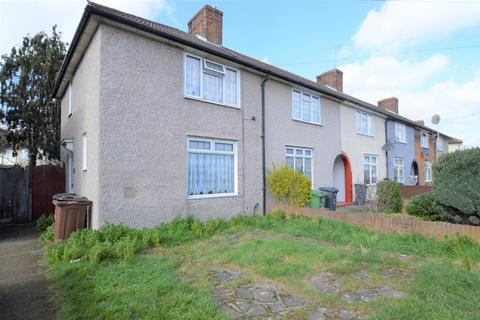2 bedroom end of terrace house to rent - Studley Road, Dagenham
