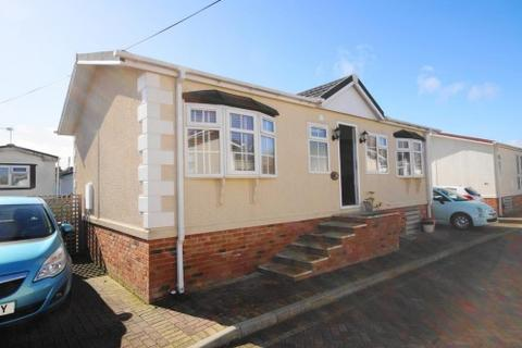 2 bedroom park home for sale - Iford Bridge Home Park, Old Bridge Road, Bournemouth