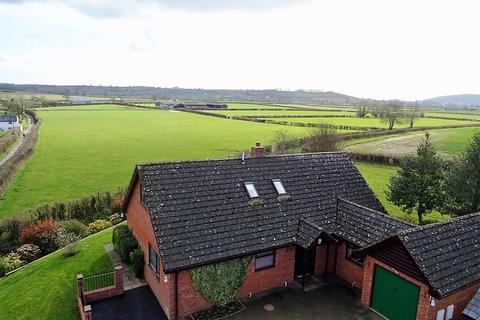 4 bedroom detached bungalow for sale - The Row, Wellington, Hereford, HR4