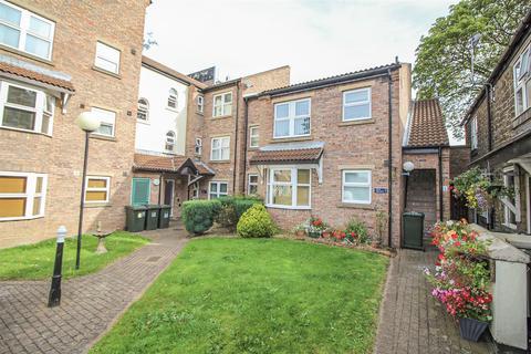 1 bedroom ground floor flat - Teal Close, Benton, Newcastle Upon Tyne