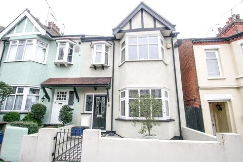 4 bedroom end of terrace house to rent - Victoria Drive, Leigh-On-Sea