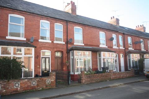 3 bedroom terraced house to rent - Clare Avenue