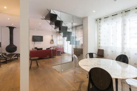 4 bedroom house to rent - Alba Place, London