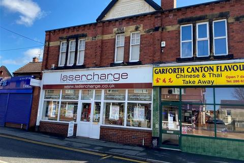 Property to rent - Main Street, Leeds, LS25