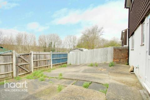 3 bedroom terraced house for sale - Anson Close, Chatham