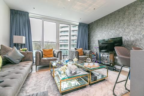 2 bedroom apartment for sale - Altissima House, 340 Queenstown Road, London, SW11