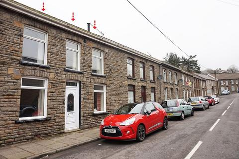 3 bedroom terraced house for sale - Meadow Street, Ogmore Vale, Bridgend, Bridgend County. CF32 7DG