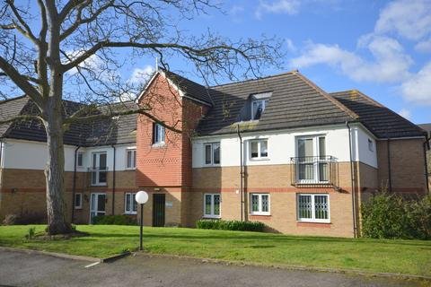 1 bedroom flat for sale - Lordsbridge Court, Mervyn Road, Shepperton, TW17