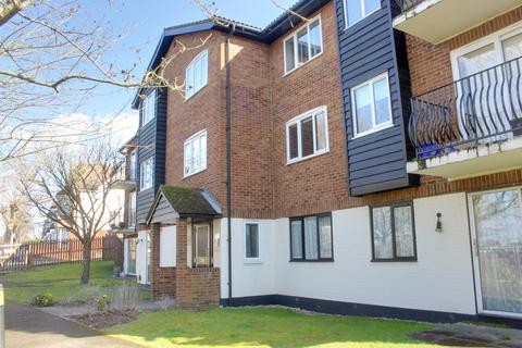 1 bedroom flat to rent - Birchend Close, South Croydon CR2