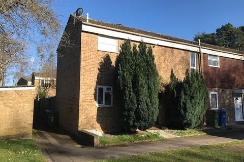 3 bedroom terraced house to rent - Birch Hill, Brcknell, RG12