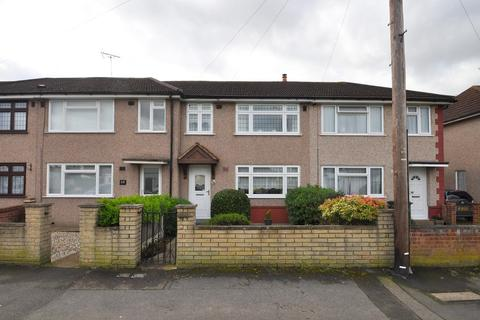 3 bedroom terraced house for sale - Maybank Avenue, Hornchurch, Essex, RM12