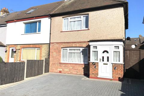 3 bedroom semi-detached house to rent - Clitterhouse Road, London, NW2