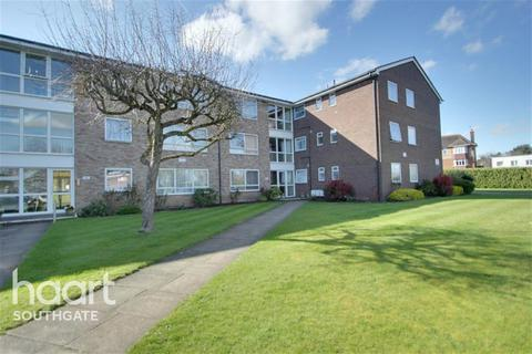 2 bedroom flat to rent - The Pines,N14