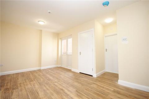 1 bedroom apartment to rent - High Street, Whitton, Twickenham, TW2