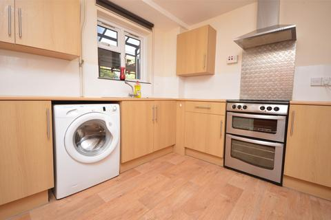 3 bedroom maisonette to rent - Saffron Court, Snow Hill, BATH, Somerset, BA1