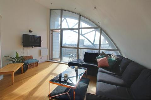 3 bedroom flat to rent - Baltic Quay, Sweden Gate, London