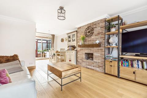 3 bedroom terraced house for sale - Oaklands Road Bromley BR1