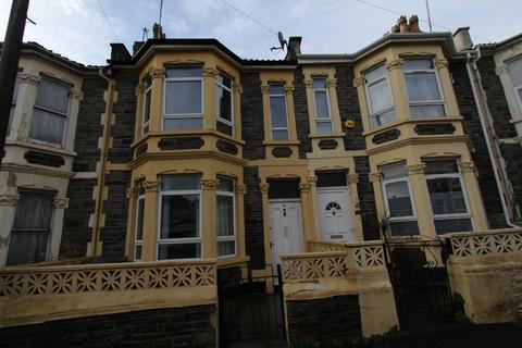 3 bedroom terraced house to rent - Cairns Crescent, St. Pauls