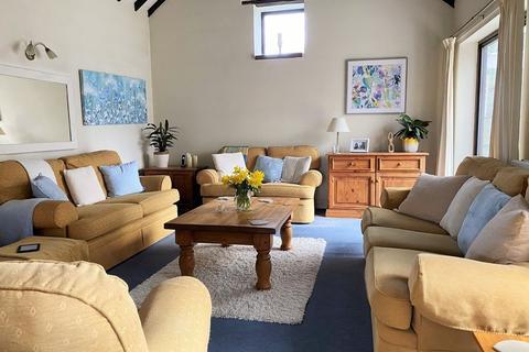 3 bedroom barn conversion for sale - Norwich Road, Cromer