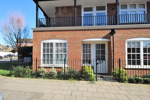 1 bedroom apartment to rent - St Leonards Road, Windsor