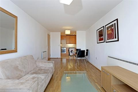 2 bedroom flat for sale - Azalea House, Feltham, TW13