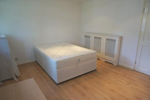 1 bedroom flat share to rent - Pelter Street, Shoreditch, E2