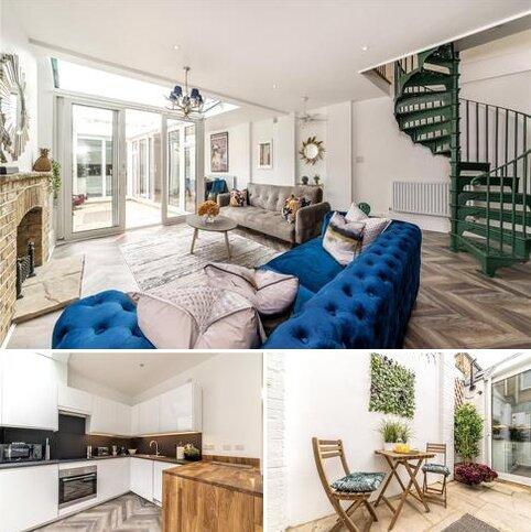 2 bedroom house to rent - Kramer Mews, London, SW5
