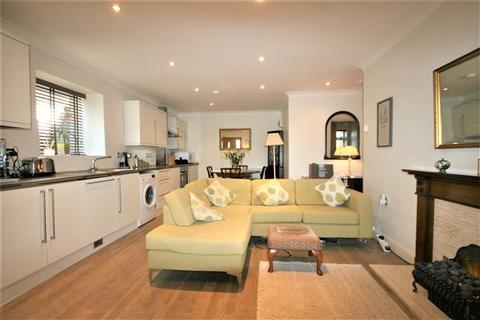 1 bedroom flat for sale - Upper Dene Court, West Dene Drive BN1 5HF