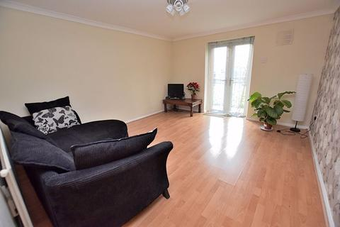 1 bedroom apartment to rent - GROUND FLOOR! Communal GARDEN, parking, NO CHAIN!