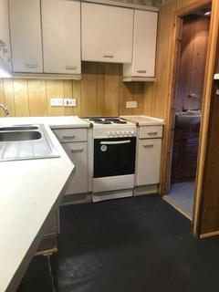 Studio to rent - Hinckley Road, Leicester Forest East, Leicester