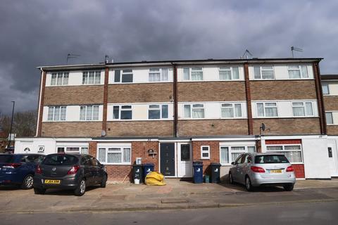 3 bedroom maisonette to rent - Broomcroft Avenue, Northolt, UB5