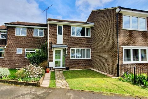 3 bedroom terraced house for sale - Bluebell Green, Chelmsford, CM1